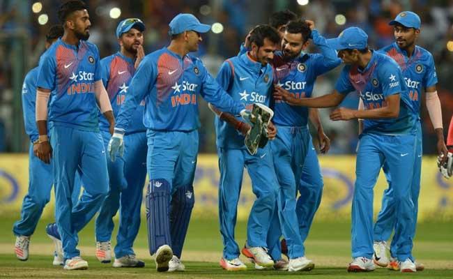 INDvsPAK : टीम इंडिया के लिए दोहरी जंग, मैदान पर पाकिस्तान से और बाहर विवादों से
