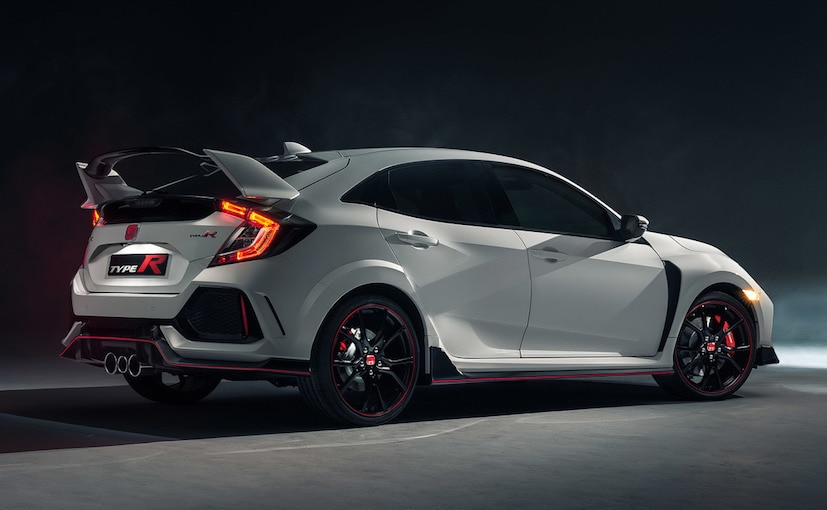 geneva motor show 2017 production spec 2017 honda civic type r makes global debut ndtv carandbike. Black Bedroom Furniture Sets. Home Design Ideas