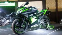 2017 Kawasaki Ninja 300 Launched; Priced At Rs 3.64 Lakh