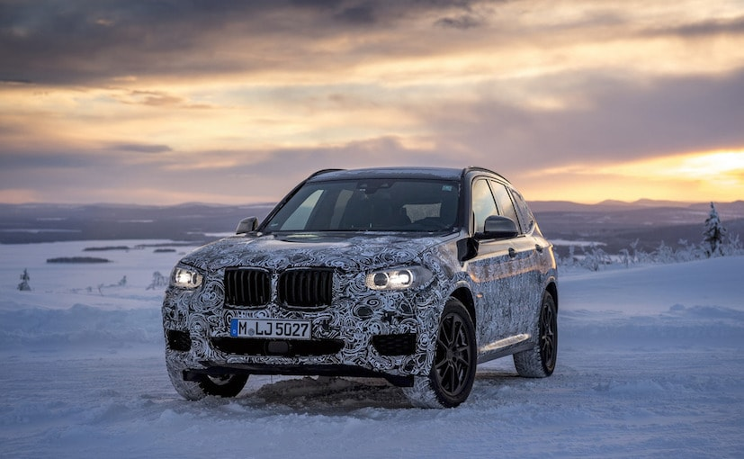 2018 bmw q3.  bmw 2018 bmw x3 officially teased in new images during cold weather testing intended bmw q3