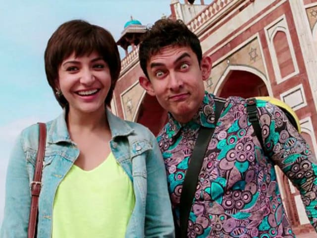 On Aamir Khan's Birthday, Anushka Sharma (AKA Shashi) Reveals Secret Of His PK Skirt