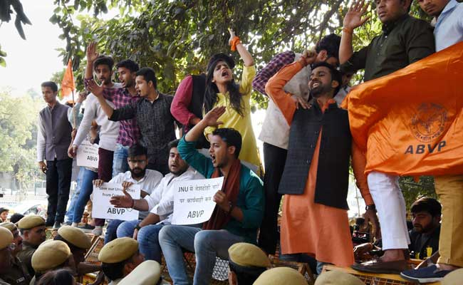 ABVP Activists Protest Outside Delhi Police Headquarters, Demand Charges Against 3 JNU Students