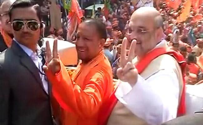 UP Election 2017: BJP's Yogi Adityanath Stars In Amit Shah's Big Road Show In Gorakhpur