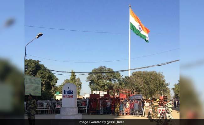 भारत ने अटारी बॉर्डर पर फहराया सबसे ऊंचा तिरंगा, लाहौर से भी दिखेगा, पाकिस्तान की भौहें टेढ़ी