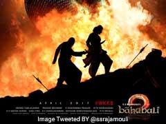 <i>बाहुबली 2</i> के नए पोस्टर में बाहुबली पर वार करता दिख रहा है कटप्पा