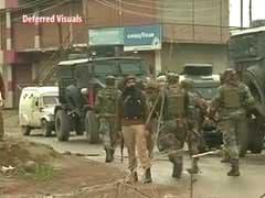 बड़गाम एनकाउंटर : सुरक्षाबलों ने रॉकेट लॉन्चर से उड़ाया मकान, आतंकी ढेर, पथराव में 60 के करीब जवान घायल