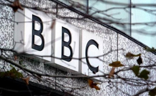 Top BBC Presenters Take Salary Cuts In Gender Pay Row