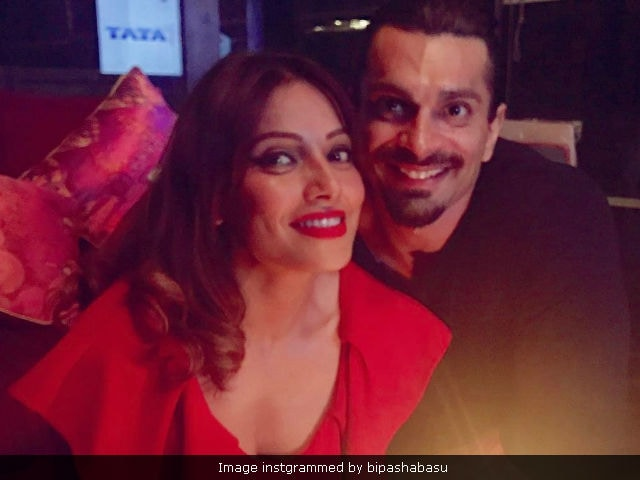Bipasha Basu Is Not Pregnant, Says 'Constant Guessing Game Is Tiring'