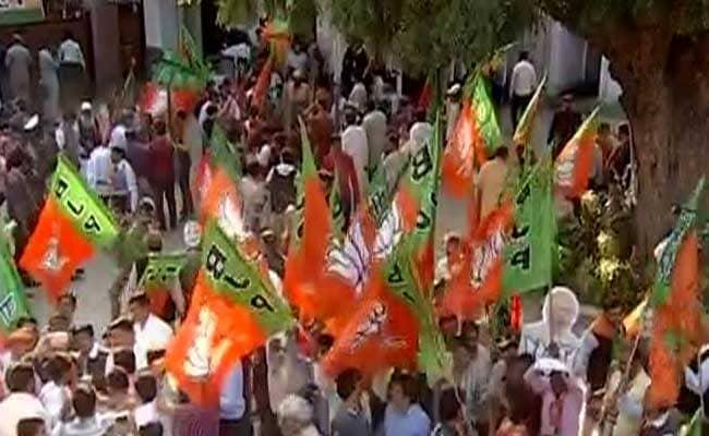 यूपी में भाजपा की जीत के साथ ही गुजरात में भी जल्द चुनावों की तैयारियां शुरू, खुद मुख्यमंत्री ने दिये संकेत