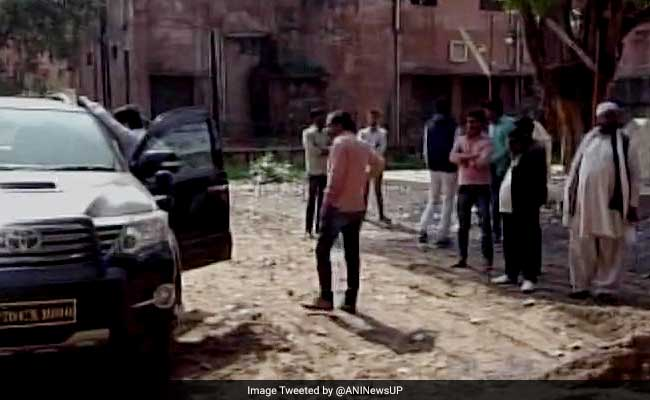 BSP Leader Mohammad Shami Shot Dead In Allahabad, Protesters Block Highway
