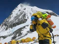 Nepal Asks Climbers To Clean Earthquake-Littered Everest Camp
