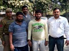 दिल्ली पुलिस ने अनोखे ढंग से लोगों को लूटने वाले छल्ला गैंग का किया भंडाफोड़