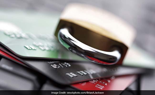 क्या आप क्रेडिट कार्ड इस्तेमाल करते हैं? ये बातें ध्यान रखें ताकि लेने के देने न पड़ें