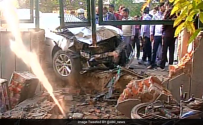 4 Injured After BMW Hits Cab In Delhi