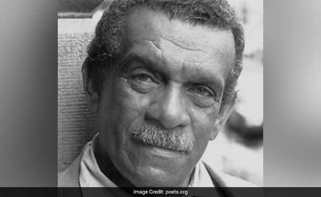 Caribbean Poet And Nobel Laureate Derek Walcott Dies At 87