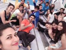<I>Nach Baliye 8</i>: Divyanka Tripathi Shares Selfie With Vivek Dahiya And 'Rocking Team'