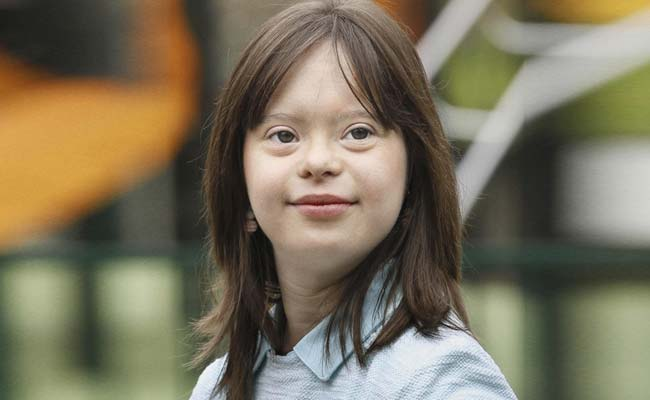 Down's Syndrome Woman To Present Prime Time Weather Bulletin On TV
