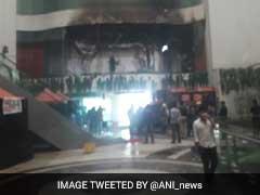दिल्ली के होटल में लगी आग, MS धोनी और अन्य खिलाड़ी बचाए गए, किट होटल में रहने के कारण मैच स्थगित