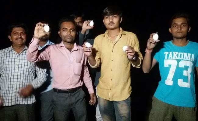 गुजरात: सोमनाथ जा रहे अमित शाह के काफिले पर हुई अंडों की बौछार, पढ़ें पूरा मामला