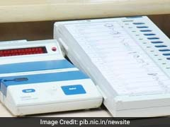 Bahujan Samaj Party Stages Sit In In Ghaziabad, Allege Manipulation In Voting Machines