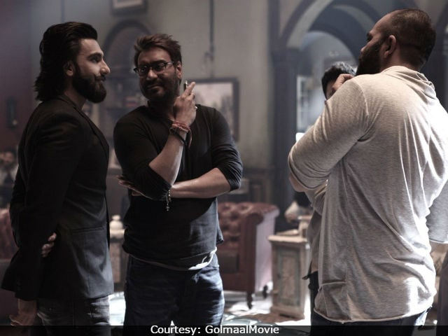 After Ranveer Singh, Look Who Visited Ajay Devgn On The Sets Of Golmaal Again