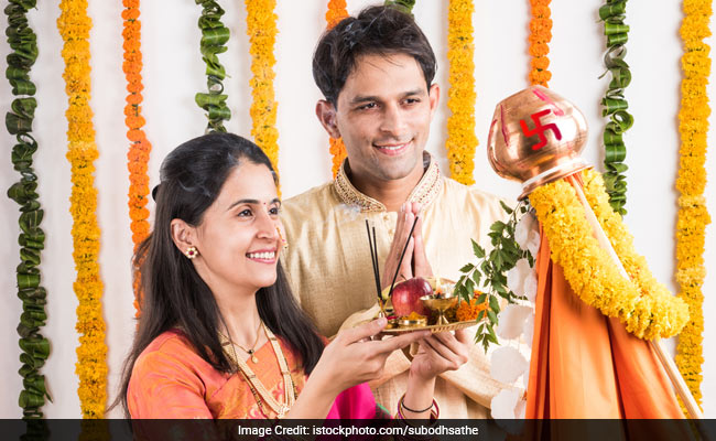 Gudi Padwa 2018: Traditional Maharashtrian Desserts And Savouries You Shouldn't Miss On This Day!