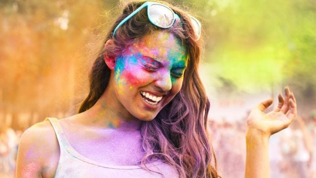 5 Easy Tips to Take Care of Your Skin After Playing Holi