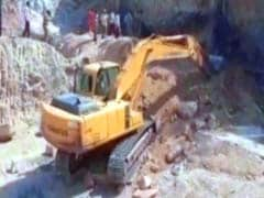 2 Women Buried Alive As Cellar Caves In At Hyderabad Construction Site