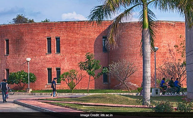 IIT Kanpur To Conduct JEE Advanced 2018 On May 20; Exam To Go Online