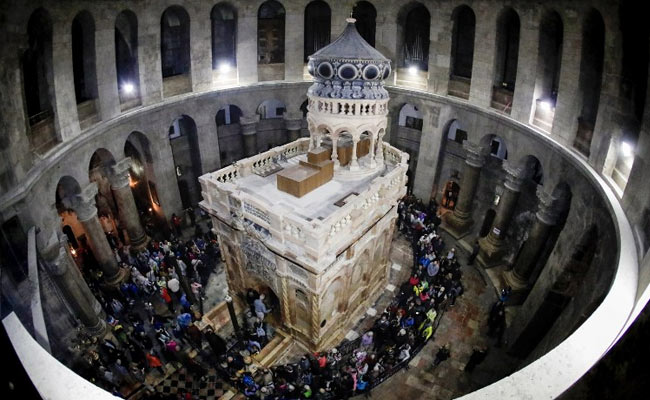 Newly Restored Shrine At Jesus's Tomb Reopened In Jerusalem