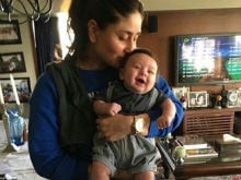 Kareena Kapoor Khan's Candid Picture With Son Taimur Is Going Viral