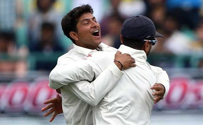 पहला टेस्ट विकेट लेने के बाद बेहद भावुक हो गया था : कुलदीप यादव