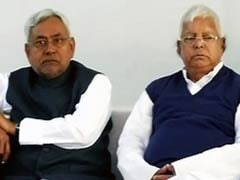 <i>Kaffan</i> Has No Pockets', Exhibit A Is Lalu Yadav, Says Nitish Kumar