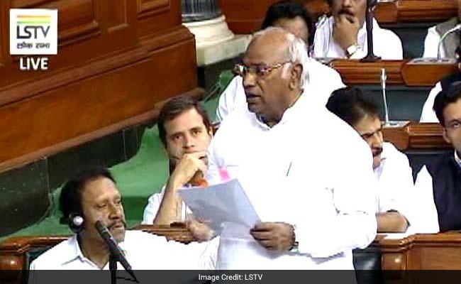 कांग्रेस का अरुण जेटली पर संसद को 'गुमराह' करने का आरोप