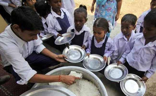Now, Midday Meals For Girls UpTo Class 12 In Delhi Government Schools