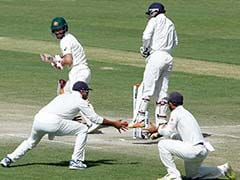 India vs Australia: Murali Vijay's Catch Creates Confusion At The End Of Visitors' Innings