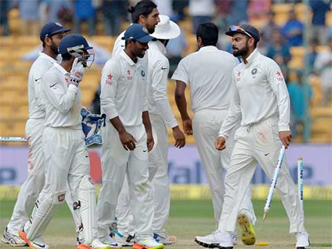4th Test, Dharamsala: Australia captain Steve Smith wins toss, elects to bat vs India. Four-match series is tied 1-1