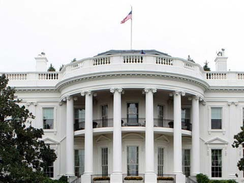 Man arrested with suspicious package near White House, says Secret Service: Reuters