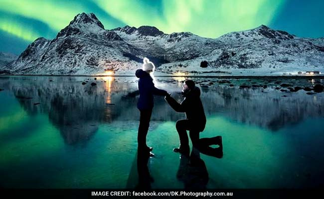 Man Proposes To Girlfriend Under Northern Lights. Internet Says Yes!