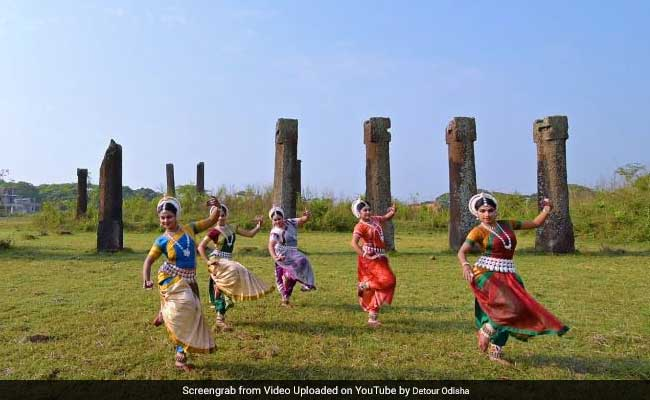 Odissi Dance Cover Of Ed Sheeran's 'Shape Of You' Is Our Favourite So Far