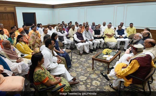Modi asks BJP MPs to spend more time in respective constituencies