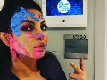 Priyanka Chopra Vs Jimmy Fallon In Holi Fight. Who Won?