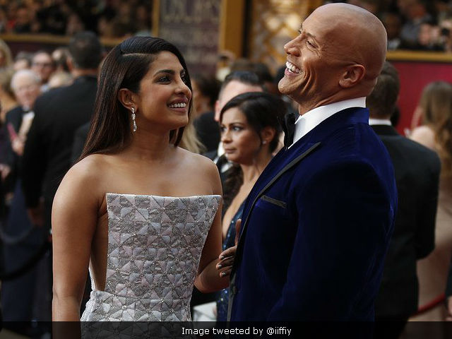 Oscars 2017: Priyanka Chopra, Dwayne Johnson Reveal Story Behind This Pic