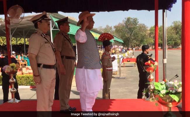 बांग्लादेश और पाकिस्तान से लगती सीमा को किया जाएगा सील : गृहमंत्री राजनाथ सिंह