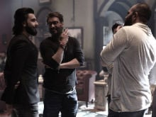 Ranveer Singh Visits Ajay Devgn And Rohit Shetty On The Sets Of Golmaal Again