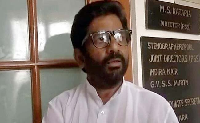 Airlines Ban Sena MP Ravindra Gaikwad. Twitter Asks 'How Will You Go Home Now'