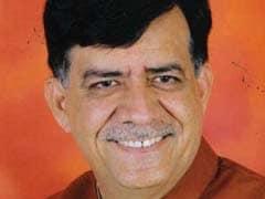 UP: मुख्यमंत्री की रेस में 'डार्क हॉर्स' साबित हो सकता है यह चौंकाने वाला नाम...