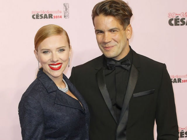 Scarlett Johansson Reportedly Files for Divorce From Husband Romain Dauriac