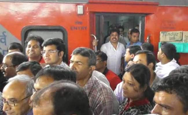 Rajdhani Passengers Protest Over Food. Thanks, Says Minister Babul Supriyo