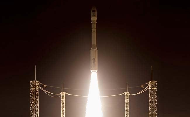 स्पेसएक्स ने इनमारसैट संचार उपग्रह प्रक्षेपित किया